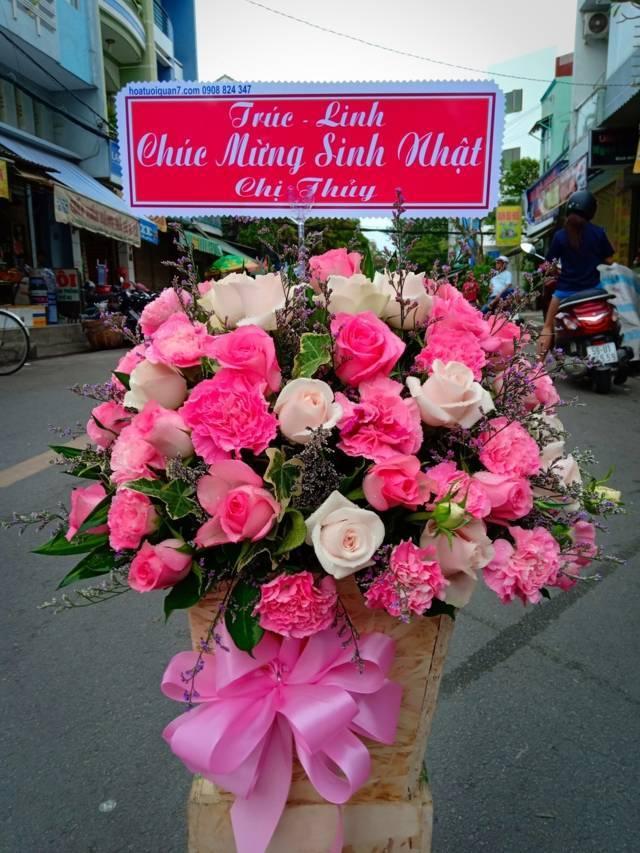 Lẵng hoa sinh nhật